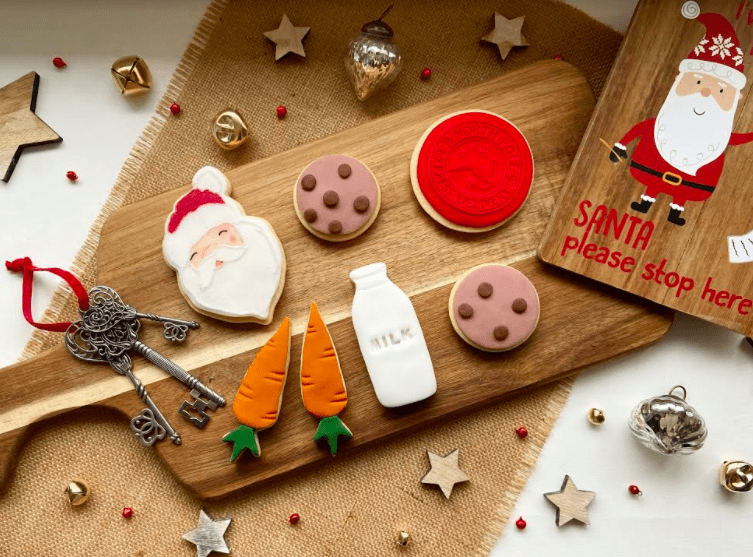 CHRISTMAS BISCUITS TO LEAVE OUT FOR THE REINDEER
